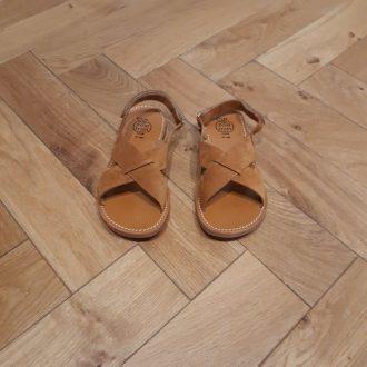 POM D'API nu-pieds PLAGE stitch cross velours caramel